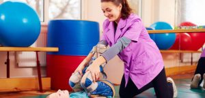 کاردرمانی کودکان فلج مغزی یا سی پی در کرج